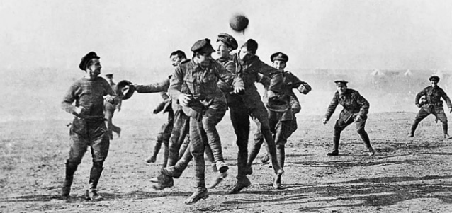 Frontfussball-1914-Fussballmuseum-Springe